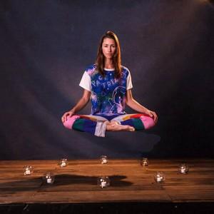 Tara-Stiles-la-prof-de-Strala-Yoga-devenue-gourou-bien-etre